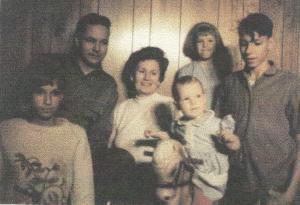 1965: Me, Dad, Mom, Paula, Susan, David